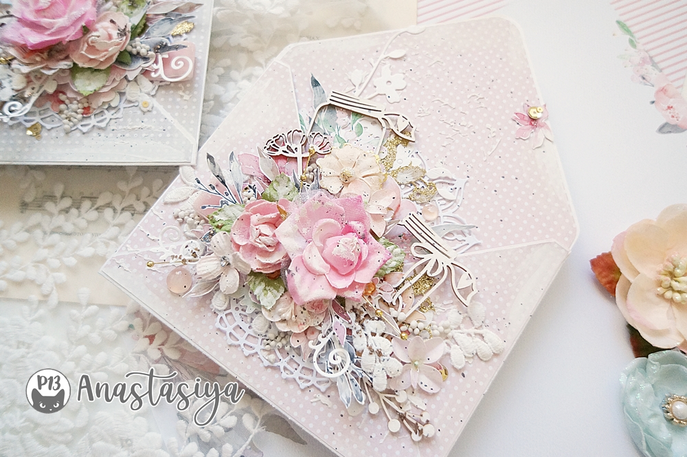 congratulatory envelopes